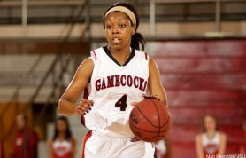 Junior guard Candace Morton